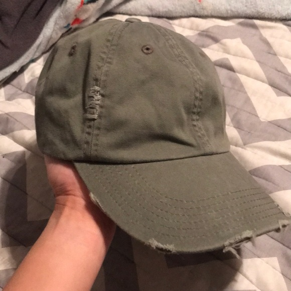 ea1ca0132b51e American Eagle Outfitters Accessories - Vintage Dad hat
